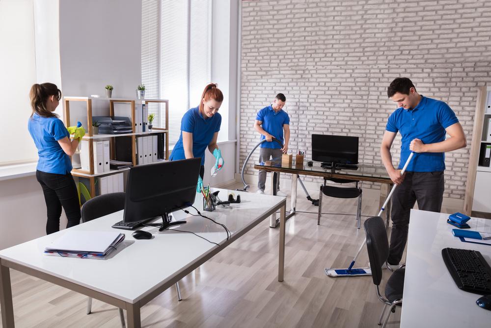 Impresa multiservizi: sanificazione e pulizie uffici